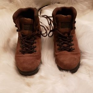 Rugged Outback boots size 10.5
